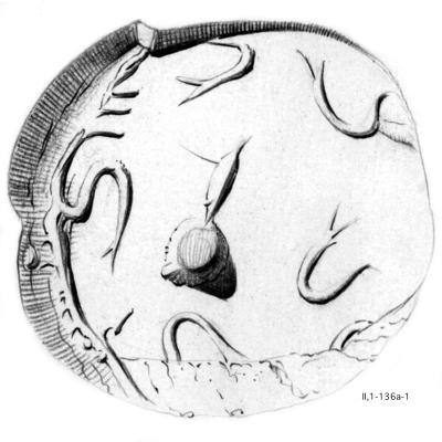 Fig. 4: CMS II,1 136a. The                            engravings on the seal's face are described with › Hakenspirale?(2),                            Punkt, undefinierbar‹ (spiral hook?(2), dot, indeterminate). [Graphic by courtesy of the CMS Heidelberg.]