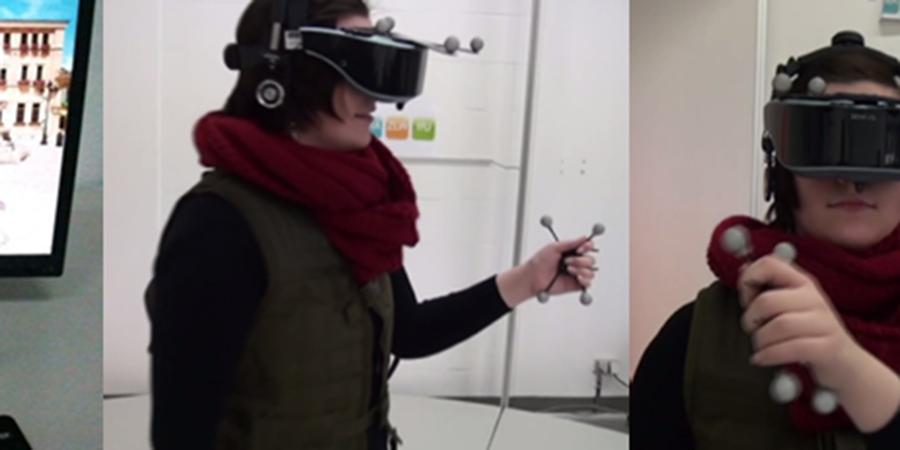 Abb. 2: Datenhandschuh, Hand-Tracer sowie                             entsprechende Darstellungen in einer virtuellen Umgebung (Fotos: Peer                             Schlieperskötter, 2014).